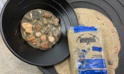 Large fossil kit blue bag sand and sifter