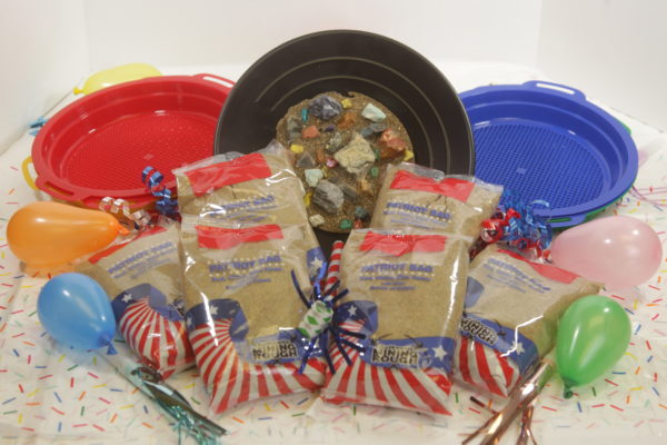 Patriot bag mining party pack with six bags and six sifters