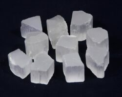 Selenite cubes