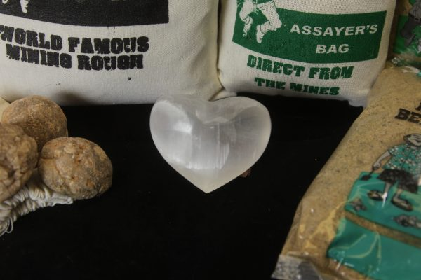 Mining kit with stone heart