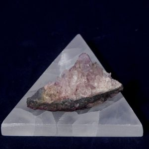 Selenite Triangle Charging Station, Plate