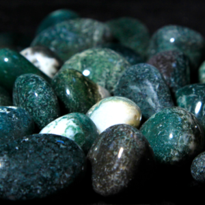 1lbs of Small Tumbled Moss Agate (19mm-25mm)