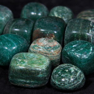 1lb of Tumbled Medium Green Jade (26mm-32mm)