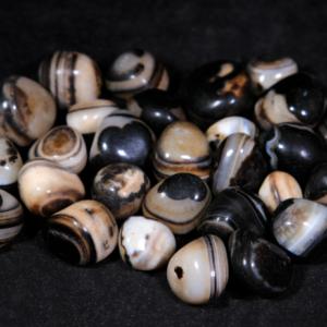 1lb of Tumbled Small Black Onyx (19mm-25mm)