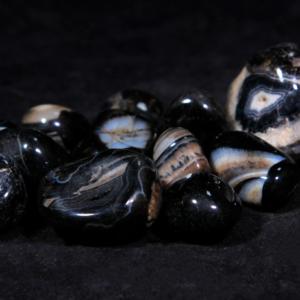 1lb of Tumbled Large Black Onyx (33mm-50mm)