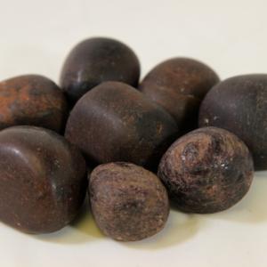 1lb of Tumbled Garnet, Medium (26mm-32mm)