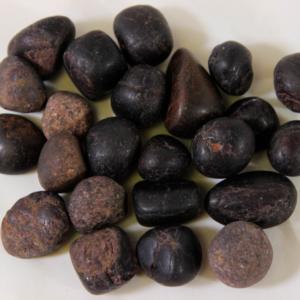 1lb of Tumbled Garnet, Small (19mm-25mm)